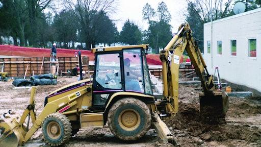 Safety Tips For Backhoe Loader Operators For Construction Pros