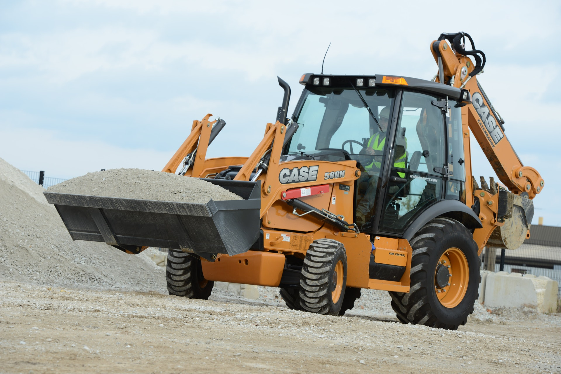 Simplified Controls Increase Backhoe Loader Productivity For Construction Pros