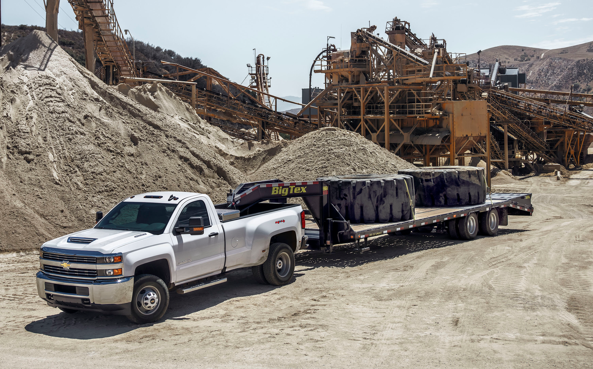 Choose Pickup Trucks To Maximize Bottom Line For Construction Pros