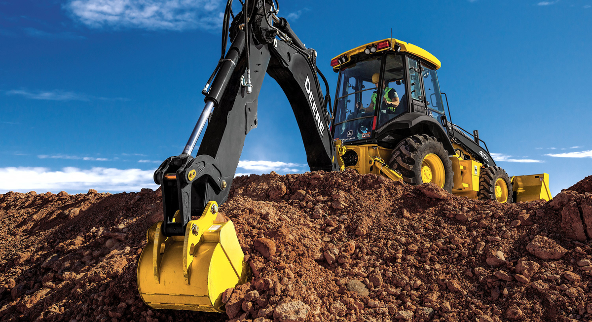 Proper Operation Tips For Backhoe Loaders For Construction Pros